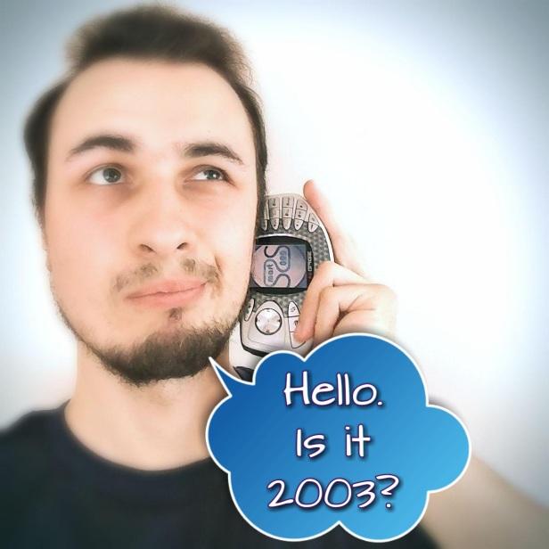 Smart2000s - Sidetalking Meme